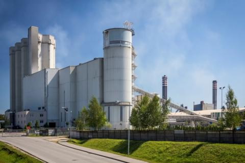 Co-processing of waste in EU cement plants: status and prospects